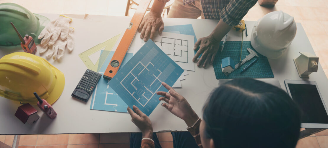 The Advantages and Disadvantages of Being your own General Contractor vs. Hiring a Professional